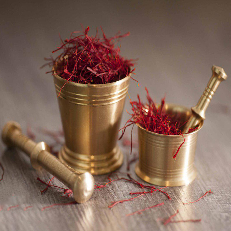 How to use saffron?